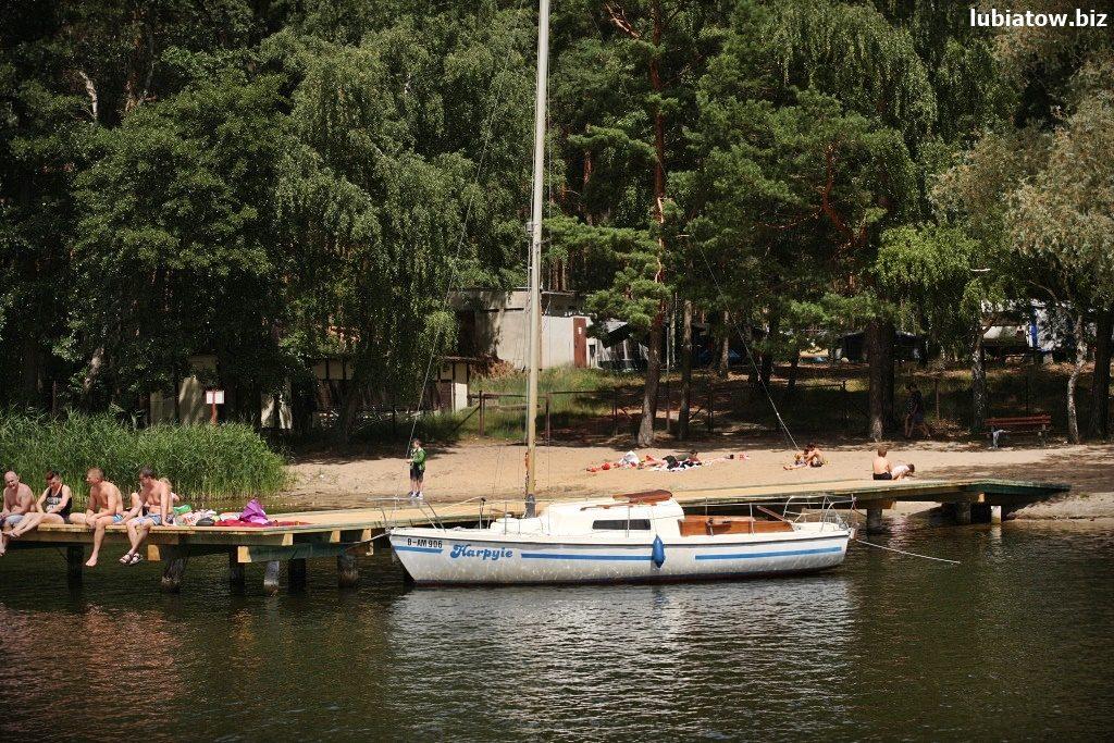 pomost kąpielowy, kąpielisko w Lubiatowie nad jeziorem sławskim, darmowa plaża