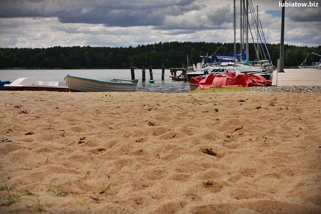darmowa plaża nad jeziorem sławskim w Lubiatowie Lubiatów Sława