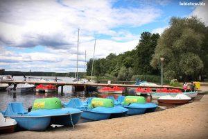 wypożyczalnia sprzętu wodnego w Lubiatowie jezioro sławskie - łódki, żaglówki, kajaki, rowerki wodne