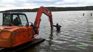 zimowanie, wodowanie i wyciąganie łódek - jezioro sławskie, Lubiatów
